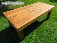 Rustic Style Massivholztische mit Rammstein Logo, Möbel aus rustikaler und massiver Eiche