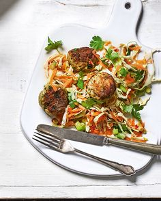 Bored of meatballs? Have a go at these Thai-style prawn balls – a fresh spin on a classic dish, they're great served with a zesty salad. Prawn Recipes, Seafood Recipes, Vegetarian Recipes, Dinner Recipes, Healthy Recipes, Meal Recipes, Dinner Ideas, Delicious Magazine Recipes