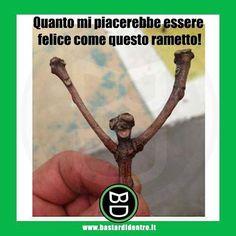 Seguici su youtube/bastardidentro #bastardidentro #ramo #felicità www.bastardidentro.it Crazy Funny Memes, Funny Pins, Wtf Funny, Funny Jokes, Hilarious, Funny Images, Funny Photos, Italian Memes, World Of Gumball