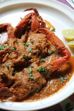 Cooking crab has always been my wish, but i was quite scared to clean those and cook it. I have been getting lots and lots of request fr. Goan Recipes, Curry Recipes, Fish Recipes, Seafood Recipes, Indian Food Recipes, Cooking Recipes, Recipies, Seafood Meals, Filipino Recipes