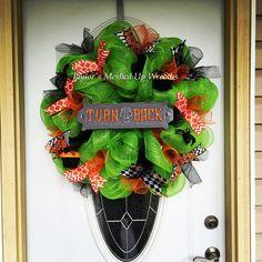 BIG halloween deco mesh wreath by MeshedUpWreathsTK on Etsy