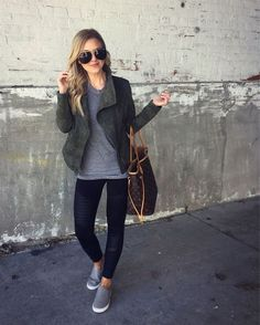 Rumored Hype on Casual Fall Outfits That Will Make You Look Cool Exposed Fall is nonetheless a good time to … Casual Winter Outfits, Fall Outfits, Summer Outfits, Cute Outfits, Outfit Winter, Black Leggings Outfit Fall, Fall Dresses, Black Moto Leggings, Fall Leggings