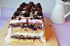 Tort Timea Romanian Desserts, Romanian Food, Romanian Recipes, Dessert Bread, Pavlova, Sweets Recipes, Something Sweet, Let Them Eat Cake, Food For Thought