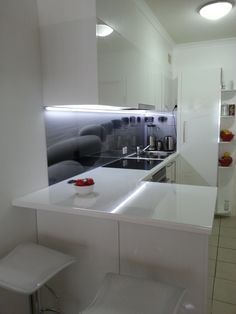 Great Indoor Designs #kitchens #glass #splashbacks