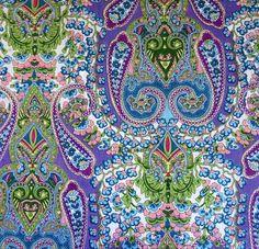 tissu motif Paisley traditionnel , camaieu de bleu,  vendu au mètre en 110 cm de large