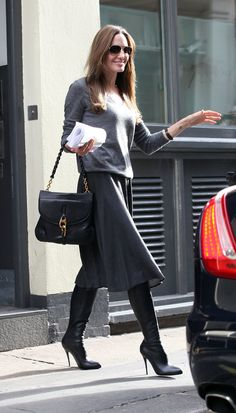 Angelina Jolie shows you how to do daytime-chic.