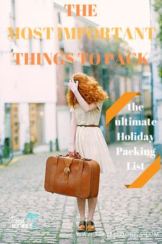 Ultimate holiday packing list with the essential travel items to make your vacation packing easier. These are the most important things to pack when planning a holiday. Holiday Packing Lists, Vacation Packing, Travel Packing, Travel Hacks, Packing Cubes, Packing Tips, Travel Items, Travel List, Travel Essentials