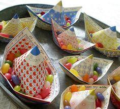 Papierboote zum Selberfalten - Deko für den Kindergeburtstag - [LIVING AT HOME]