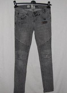 Kup mój przedmiot na #Vinted http://www.vinted.pl/kobiety/rurki/4313226-szare-jeansy-river-island-rozmiar-34