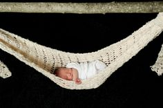 Hammock for infant photo prop. Super cute, very elegant for amazing photos.