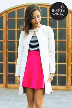 Abrigo beige, en color clásico. Fashion blogger. Encuéntralo en el closet de maja