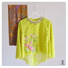 Dm for credits or remove of the post. Kebaya Lace, Kebaya Brokat, Kebaya Dress, Batik Kebaya, Batik Dress, Kimono, Batik Fashion, Knit Fashion, Hijab Fashion