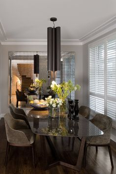 Nowoczesna jadalnia - design secondo la tabella - Wnętrza - HomeSquare