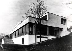 Mies van der Rohe's Tugendhat House