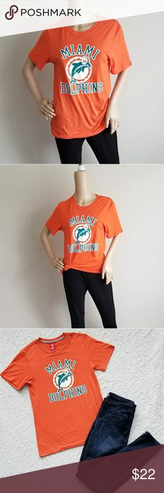 NIKE NFL MIAMI DOLPHINS T SHIRT S NIKE NFL Miami Dolphins  Size S Crew Neck Nike Tops Tees - Short Sleeve