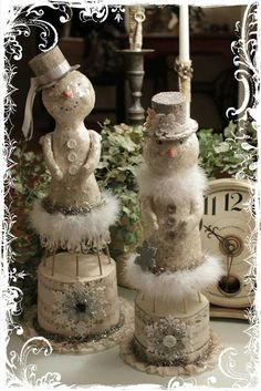 My first class!!! http://www.mydesertcottage.com/  | whimsical christmas decorations.  Really nice blog this and they share their ideas.