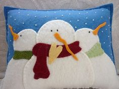 Snowman Family Pillow Wool Felt Applique: