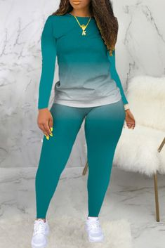 Thick Girls Outfits, Curvy Outfits, Classy Outfits, Casual Outfits, Fashion Outfits, Wholesale Clothing, Shoes Wholesale, Two Piece Pants Set, Plus Size Shorts