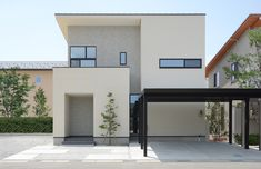 35~45坪 | 施工例の分類 | 富山市の注文住宅・ZEH Japan House Design, Kitchen Paint Colors, House Colors, Cool Kitchens, Exterior Design, Architecture Design, Cottage, House Styles, Outdoor Decor