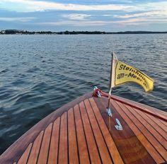Moin vom Meer mit Rückblick auf das #hurricane16 ne kleine Runde. Wir haben das Wetter und den Wind schön! #steinhude #steinhudermeer # #steinhuder  #clouds #cloud #cloudporn #weather #lookup #sky #skies #skyporn #lake #cloudy #scenery #instacloud  #holzboot #torqeedo #boot #boat #classicboat #wellenbinder #woodenboat