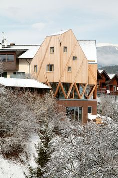 Artist's House and Atelier, Castelrotto, Italy - MoDus Architects #wood