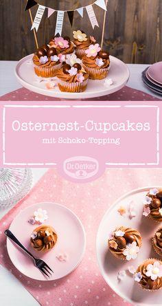 Osternest-Cupcakes: Zu viel des Guten kann wunderbar sein - zu viel Schokolade zum Beispiel. Oder wie hier: Schokoeier auf Schokosahne