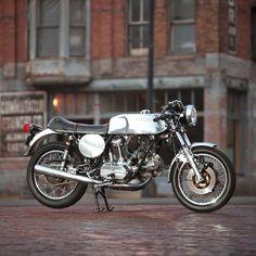 Fancy - Ducati 900 GTS by Nick Huber