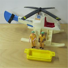 Fisher-Price Adventure People - No.305 Air-Sea Rescue Copter. 1975-1980. Helicopter and gold color raft, two gold color figures, Jess and Roger. - #actionfigures #vintage #toys