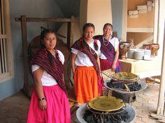 La chola Cuencana y las tortillas de maiz.