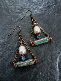 Copper Jewelry, Boho Jewelry, Jewelry Ideas, Beaded Jewelry, Wire Jewelry, Handmade Jewelry, Nickel Free Earrings, Pearl Drop Earrings, Beaded Earrings