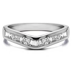 Sterling Silver Classic Style Curved Tracer Band mounted with Cubic Zirconia (0.5 Cts. twt) (Sterling Silver ) Women's