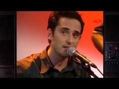 "Jorge Drexler ""Causa y efecto"" (A Solas 2001) - YouTube"