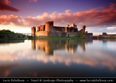 UK - Wales - South Wales - Caerphilly Castle - Castell Caerffili - Medieval castle at Sunset