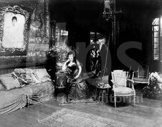 Jeanne Weil Proust (1849-1905) mere de Marcel Proust, ici vers les annees 1880 , collection BNF --- Jeanne Proust (1849-1905)