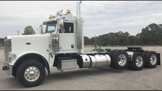Peterbilt 389, Peterbilt Trucks, Big Rig Trucks, Semi Trucks, Rigs, Badass, Snapchat, Watch, Youtube