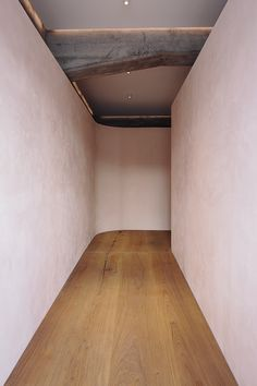 Lonely Lingerie Shop Newmarket, Design by Knight Associates Ltd. Blush Walls, Pink Walls, Interior Architecture, Interior Design, Color Interior, Curved Walls, Timber Flooring, Beautiful Space, White Walls