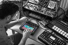 MATRIXSYNTH: Novation Introduces Circuit - New Stand Alone Grid...