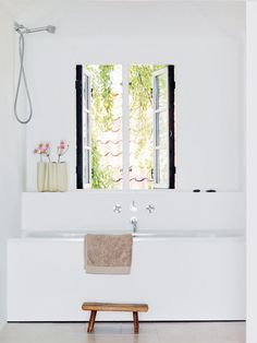 Photo: Risi Sæther/ Vårt Nya Hem This is the home of Danish architect Jonas Bjerre-Poulsen from Norm Architects , located in Vedbæk outsid. Kid Bathroom Decor, Wooden Bathroom, Bathroom Renos, Laundry In Bathroom, Bathroom Ideas, Bathroom Modern, Bathroom Styling, Bathroom Designs, Estilo Interior