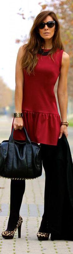 Red+dress,+black+tights,+leopard+heels.jpg (287×990)