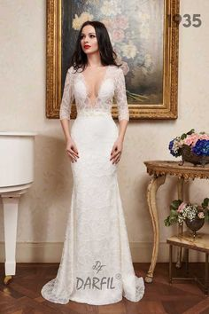 Mermaid wedding dress with three-quarters sleeves and see-through top. The delicate lace that is spread all over the dress contrasts with the sexy neckline, making the dress suitable for an eye-catching bride. Mermaid Wedding Dress With Sleeves, Dresses With Sleeves, Wedding Bride, Wedding Dresses, Flowy Skirt, Princess Style, Floral Lace, Fashion Dresses, Delicate