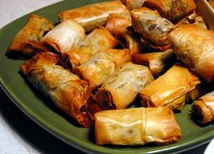 spicy meat phyllo cigars by Kwinter Appetizer Dishes, Appetizer Recipes, Phyllo Recipes, Cooking Recipes, Feel Good Food, Game Day Food, Best Appetizers, Food Diary, Food Inspiration