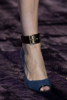 Atelier Versace Fall 2014 - Details