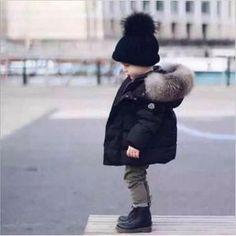 b381c83e4ecd3 Nouveau vêtements Garçon enfants vêtements à capuche pour enfants vestes  Garçon manteaux veste D hiver Chaud Et épais- Noir