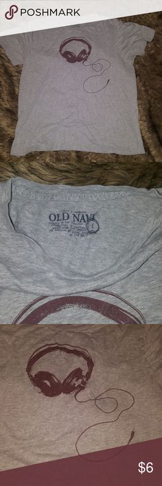 Men's Graphic Tee Light gray tee, burgundy headphone graphic, soft and vintage style. Gently used. Lots of men's graphic tees in great condition listed! Check out my closet 🙃 Old Navy Shirts Tees - Short Sleeve