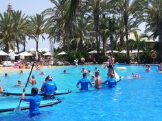 Stand up Paddle Lopesan Costa Meloneras http://www.lopesan.com/ #Canarias #pools