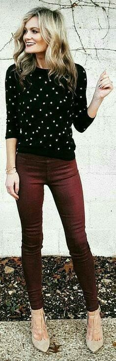 Polka dot and burgundy...awesome!! Love dotty stuff and skinny jeans