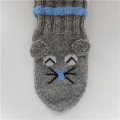 hiiri piiperoiset ohje - Kikiliakii neuloo - Vuodatus.net Hello Kitty, Winter Hats, Beanie, Barn, Tights, Tejidos, Inside Shoes, Knit Patterns, Hand Crafts