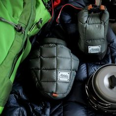 Adaptive camera protection for the active photographer. Down padded technical shell and integrated rain fly protect your camera from scrapes, bumps, and weather during your adventures. Base Layer remo