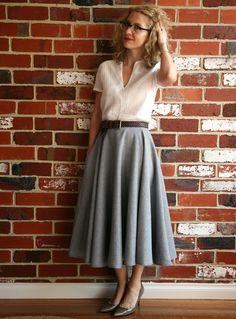 full skirt outfit New Skirt Outfits Circle Shirts Ideas Circle Skirt Outfits, Full Skirt Outfit, Midi Rock Outfit, Dress Skirt, Full Midi Skirt, Big Skirts, Full Circle Skirts, Tutu Skirts, Long Circle Skirt