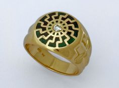 Thule Ring...